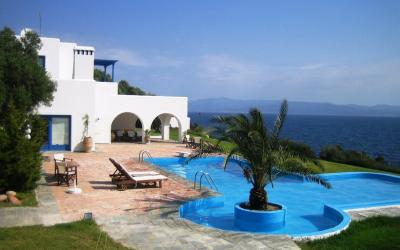 Villa in traditional style with panoramic view in Kanistro/Paliouri
