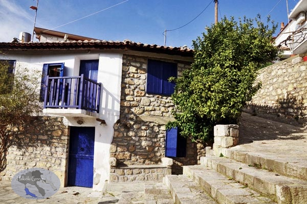 athitos-traditional-architecture-house