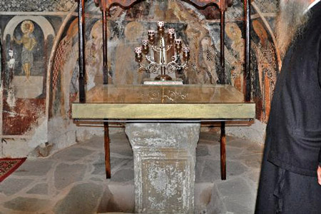 halkidiki_workshop_iconography_kalandra-plastariotissa-temple_450x300.jpg